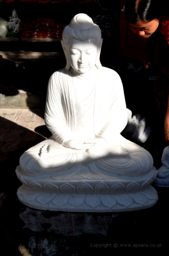 Carved marble Buddha statue in Sagyin ...